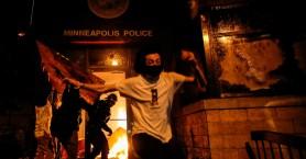 Τραμπ: Στέλνω την Εθνική Φρουρά και τον στρατό στην Μινεάπολη