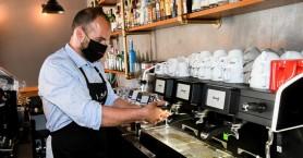 Σαρωτικοί έλεγχοι «ράμπο» των Αρχών για τα μέτρα -Πρόστιμα σε καταστήματα για μάσκες