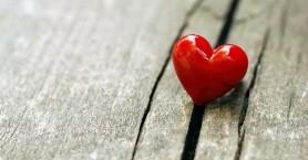 Κορωνοϊός: Το στρες από την πανδημία και το «σύνδρομο ραγισμένης καρδιάς»