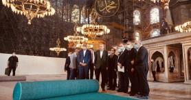 Ο Ερντογάν ετοιμάζεται για την προσευχή της Παρασκευής