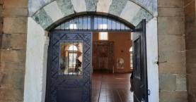 Συνέπεια των εξελίξεων με την Αγιά Σοφιά; Βανδάλισαν τζαμί στα Τρίκαλα (φωτο)