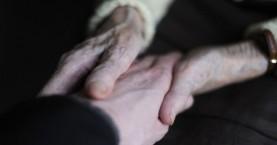 Πρόστιμο 21.000 ευρώ σε δύο γιαγιάδες που βοηθούσαν στην ταβέρνα των παιδιών τους
