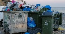 Ξεχειλίζουν οι κάδοι απορριμμάτων στην Σούγια Σελίνου (φωτο)