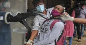 Πάνω από 96.000 κρούσματα κορονοϊού σε ένα 24ωρο στην Ινδία