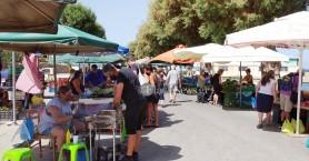 Οι λαϊκές αγορές των…. μασκοφόρων (φωτο)