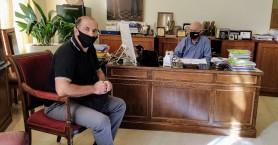 Συνάντηση Δημάρχου Ηρακλείου με τον πρόεδρο του συλλόγου «Ανθρώπινη Ασπίδα»