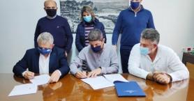 Yπογραφή Αυγενάκη στην προγραμματική για κατασκευή κλειστού γυμναστηρίου στο Τυμπάκι