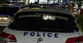 Συλλήψεις και πρόστιμα για συγκεντρώσεις σε σπίτια