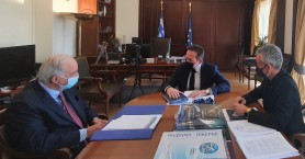 Σημαντικές συναντήσεις Λαμπρινού στην Αθήνα με Πέτσα και ΕΤΑΔ