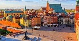 Πολωνία: Ξανανοίγουν τον Μάιο εμπορικά κέντρα, εστιατόρια, ξενοδοχεία και άλλες υπηρεσίες