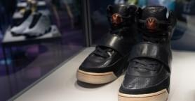 Eναντι 1,8 εκατ. δολαρίων πουλήθηκαν τα Nike Air Yeezy 1 του Κάνιε Γουέστ