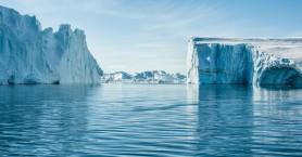 Έλιωσαν 22 γιγατόνοι πάγου σε μία μέρα στη Γροιλανδία