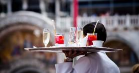 Κορωνοϊός πρόστιμα: Την πλήρωσαν υπάλληλοι σε καφετέριες