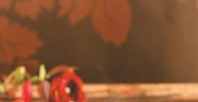 Τούρτα σοκολάτας με δαμάσκηνα και καρύδια