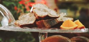 Τσουρέκι με Σοκολάτα και Πορτοκάλι