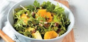 Σαλάτα ρόκα με αβοκάντο, πορτοκάλι και βινεγκρέτ ελιάς