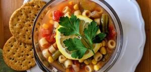 Σούπα μινεστρόνε με κοφτό μακαρονάκι