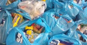 Διένειμε τρόφιμα το Κοινωνικό Παντοπωλείο του Δήμου Πλατανιά