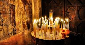 Κορωνοϊός - Εκκλησίες: «Φρένο» και στις λειτουργίες σε ιδιωτικά κτήματα