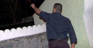 Έριξε μπαλωθιές σπίτι του-Ο ιδιοκτήτης δεν αποκάλυψε το όνομα του καλεσμένου και συνελήφθη
