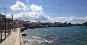 Χανιά: «Θωρακίζεται» το παραλιακό μέτωπο της πόλης των Χανίων