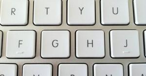 Χωρίς υπολογιστές δημόσιες υπηρεσίες λόγω βλάβης της ΔΕΗ