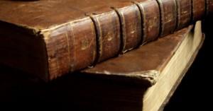 ΟΑΕΔ: Ξεκινά αύριο η υποβολή αιτήσεων τις επιταγές αγοράς βιβλίων