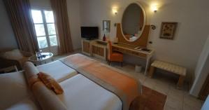 Και τρίτο ξενοδοχείο καραντίνας στην Χερσόνησο! (φώτο)