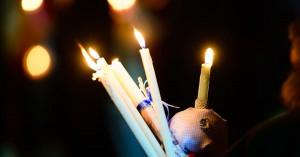 Αγιο Φως: «Οχι» στη διανομή κατ' οίκον -«Δεν μπορούμε να το επιτρέψουμε», είπε ο Χαρδαλιάς