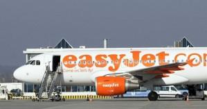 Βρετανία-κορωνοϊός: Η αεροπορική εταιρεία eazyJet ανακοίνωσε τη διακοπή των πτήσεων της