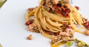 Η καλύτερη σάλτσα για τα μακαρόνια έχει μόνο 4 συστατικά