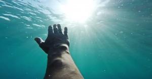 Την τελευταία του πνοή άφησε τουρίστας στη θάλασσα του Ρεθύμνου