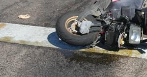 Εννιάχρονο παιδί, που επέβαινε σε μηχανάκι, τραυματίστηκε σε τροχαίο στα Χανιά