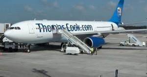 Αγωνιώδεις προσπάθειες για τη διάσωση της Thomas Cook