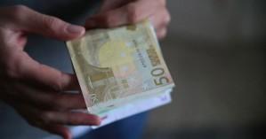 Υπόσχονταν επιστροφή φόρου και «έγδυναν ηλικιωμένους
