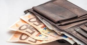 Κοινωνικό Εισόδημα Αλληλεγγύης: Πότε θα δοθούν τα χρήματα στους δικαιούχους