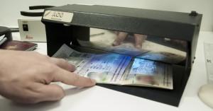 Χειροπέδες σε 30 αλλοδαπούς με πλαστά διαβατήρια στο αεροδρόμιο Ηρακλείου