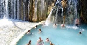 Ανακοινώθηκε πρόγραμμα ιαματικού τουρισμού για 4.000 δικαιούχους