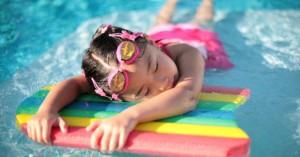 Την Παρασκευή ο αγιασμός για τα δωρεάν μαθήματα κολύμβησης στην Κίσαμο