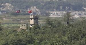 Εντατικές επαφές σε ΗΠΑ και Βόρεια Κορέα για το ραντεβού Τραμπ – Κιμ