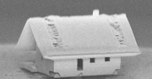 Νανορομπότ έφτιαξε νανόσπιτο, το μικρότερο σπίτι στον κόσμο