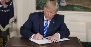 Δασκάλα λαμβάνει γράμμα από τον Τραμπ και το επιστρέφει διορθωμένο