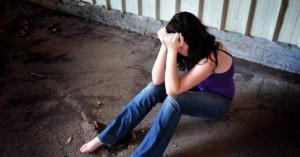 Μια 19χρονη κατήγγειλε τον βιασμό της από δύο άντρες στην Χερσόνησο