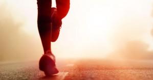 Περπάτημα vs τρέξιμο: Τι να προτιμήσετε και γιατί