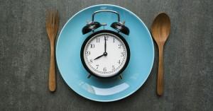 Χάστε κιλά και ρίξτε την πίεσή σας με τη δίαιτα 16:8