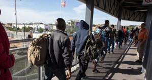 Σάλος από την απόφαση Τραμπ να χωρίσει πρόσφυγες από τα παιδιά τους