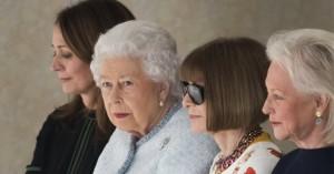Εσωτερικός πόλεμος στη Vogue για μια θέση δίπλα στη βασίλισσα Ελισάβετ