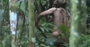 Ο τελευταίος επιζών φυλής του Αμαζονίου «αιχμαλωτίζεται» από τον φακό