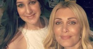 Η περήφανη μαμά Νατάσα Θεοδωρίδου ποζάρει με την κόρη της