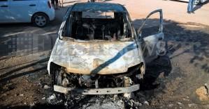 Αυτοκίνητο στο Ελαφονήσι τυλίχτηκε στις φλόγες (φωτο)